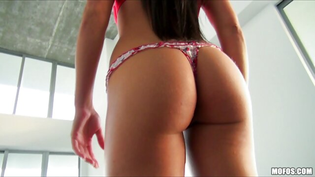 Skala ciasta tworząca dziury w każdym amatorskie filmy erotyczne pęknięciu