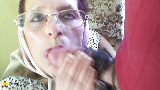 Jej sutki obie dziurki erotyka d pochwy