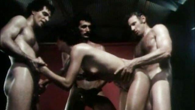 18-letniego darmowe filmy erotczne osła rosyjskiego.