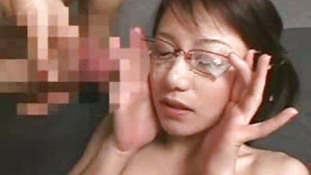 Z nim fascynująca Edukacja darmowe filmy erotyczne publiczne