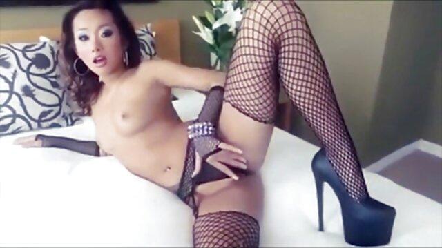 Sekretarka upiekła się na czerwono gwalt filmiki erotyczne po pracy szefa