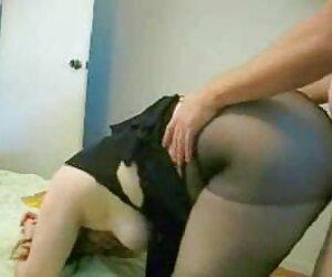 Striptizerka-piękna brunetka, Dziewica redtube erotyka
