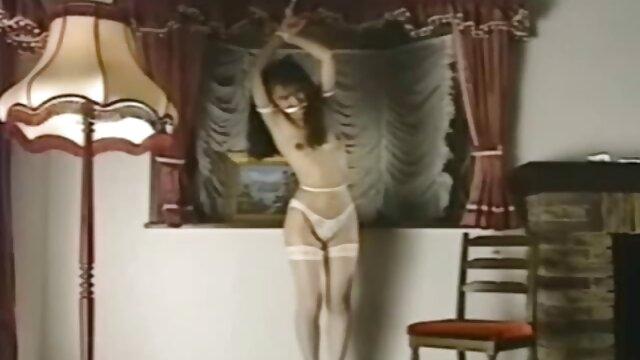 Czarny, biały, Sutki filmy erotyczne 18