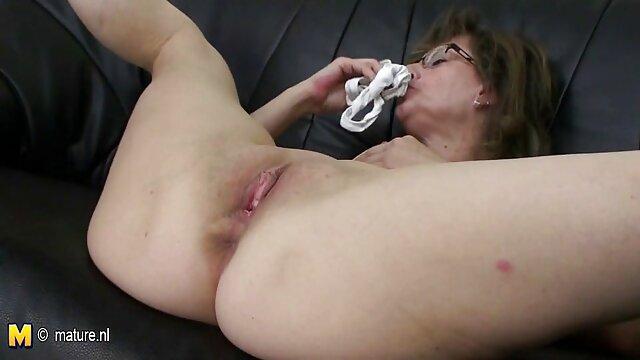 Ciemny pies erotyka i sex Striptizerka zabawy