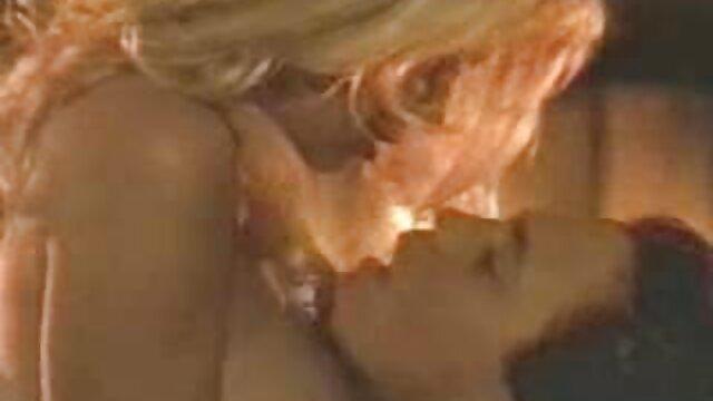 Człowiek, który stworzył czerwony talerz darmowe pełnometrażowe filmy erotyczne