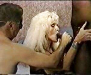 Zrób erotyczne filmiki darmowe dwie dziurki, wypij