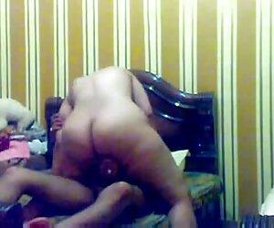 Bardzo ładna dziewczyna pracuje ustami tagu erotyka darmowe filmiki