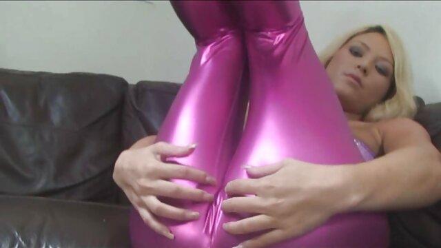 Po opanowaniu gry, można przyciągnąć erotyczne filmy za darmo dzieci