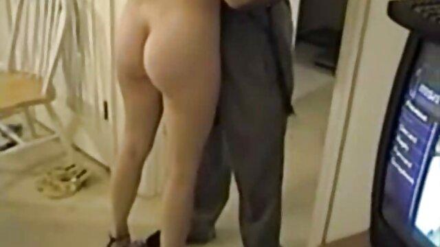 Azjatycka darmowe erotyczne sekretarka